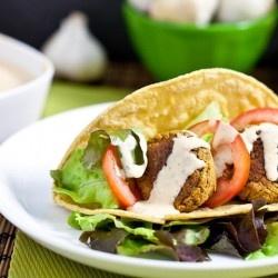 Falafel #Tacos with Sriracha Tahini #Healthy #Vegan