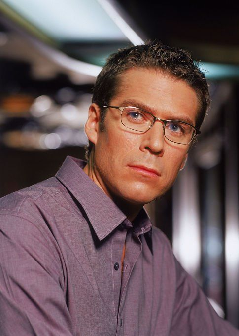 Alexis Denisof as geek-hot Wesley (of BTVS and Angel)