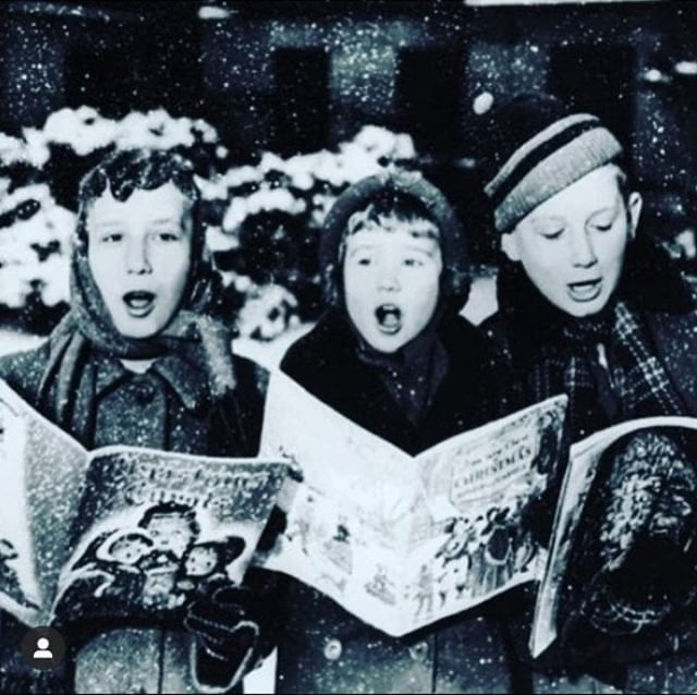 Fa La La La Laaaaa Today S The Day Join Us At The Roosbeachcoffee Shop From 5pm For Christmas Carols With The Christmas Carol Happy Clothes Festive Treats