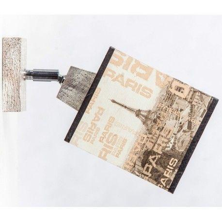Prowansalski kinkiet posiadający abażur z wzorem wieży Eiffla oraz napisami Paris, zawieszony na podstawce z przecieranego drewna , przepiękna modna dekoracja dla każdego domu.