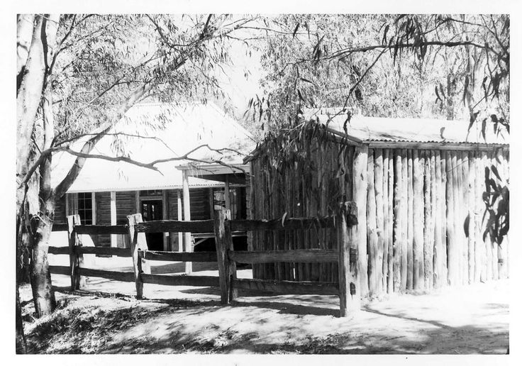 State Library of Victoria http://handle.slv.vic.gov.au/10381/234296  Towaninnie Homestead Buggy Shed at The Pioneer Settlement November 11th 1972