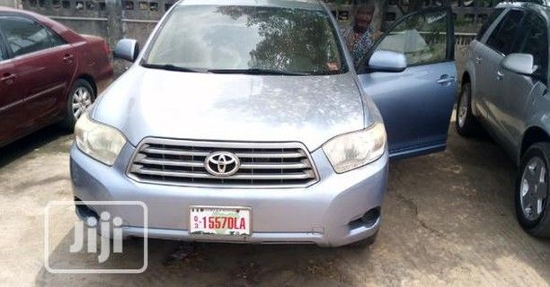 Toyota Highlander 2010 Sport Blue Foreign Use 2010 Toyota Highlander Available For Sale With Roof Dvd Toyotahighlander2 Toyota Highlander Used Cars Highlander