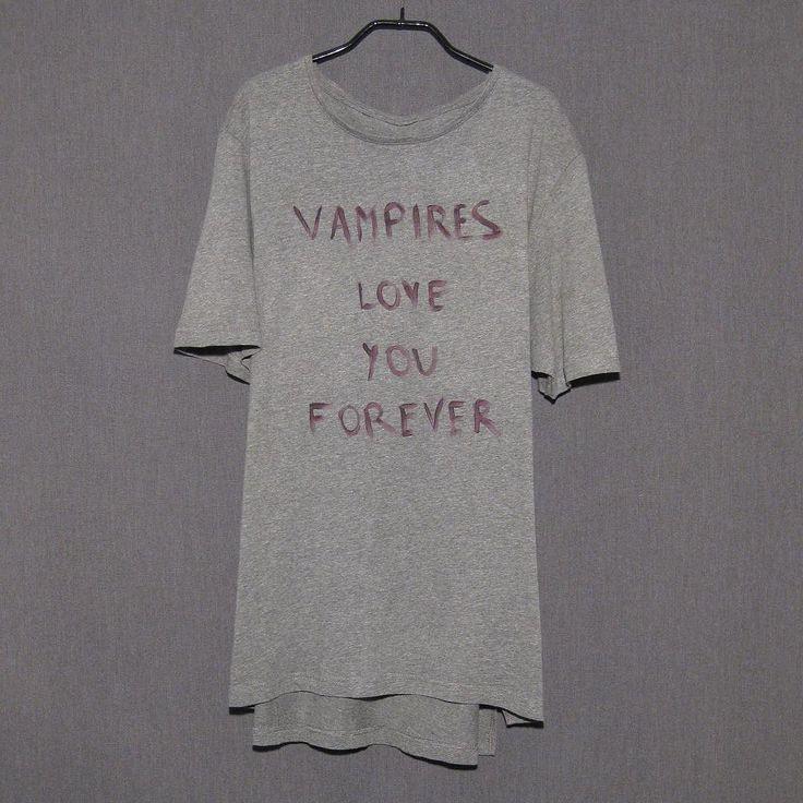 #itstrue #vampiresloveyouforever  #vampiresloveyouforwhatsinsideofyou #vampiressuck #itsredwinenotblood