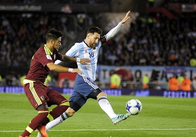 Argentina complicó su clasificación al empatar con Venezuela - El Tiempo Latino