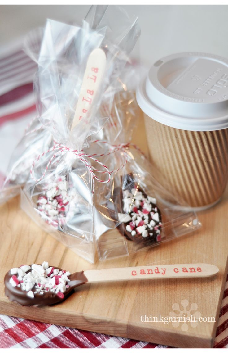 party treats: Food Gifts, Teacher Gifts, Chocolates Spoons, Packaging Idea, Gifts Idea, Neighbor Gifts, Wooden Spoons, Homemade Hot Chocolates, Diy'S Christmas Gifts Food