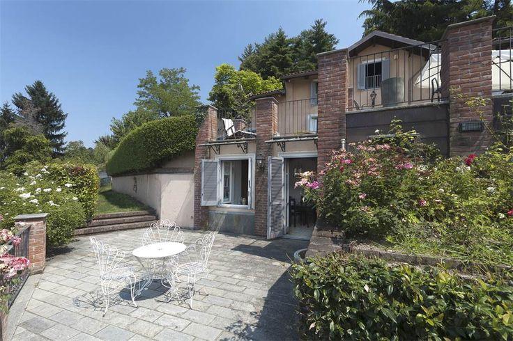 Detached home with private garden close to Corso Casale Via Monteu da Po Torino, Turin, Italy – Luxury Home For Sale
