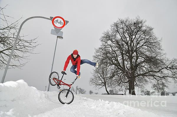 Monika Hinz riding BMX Flatland in winter. Click here to purchase a poster, print or canvas print starting $32: http://matthias-hauser.artistwebsites.com/featured/bmx-flatland-in-the-snow-monika-hinz-jumping-matthias-hauser.html  Watermark will not appear on final product. 30 days money back guarantee. More BMX Flatland Action here: http://matthias-hauser.artistwebsites.com/art/all/bmx+flatland/all