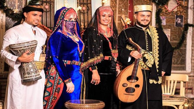 راديو يمن فرقة موسيقية عالمية بنكهة يمنية صور وفيديو راديو يمن فرقة غنائية تقدم الموروث الغنائي فن ثقافةوفن Www Alay Academic Dress Fashion Dresses