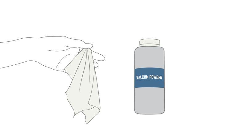 L'unto sui tessuti in pelle è la cosa peggiore. Le macchie sulla tua giacca preferita, sulla borsa o sugli accessori in pelle sembrano un problema insormontabile, ma esistono alcuni rimedi efficaci, se agisci in tempo e con i prodotti ...