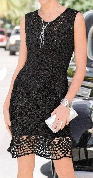 Vestido Preto Berlim Crochet http://pinterest.com/gigibrazil/crochet-and-knitting-lovers/