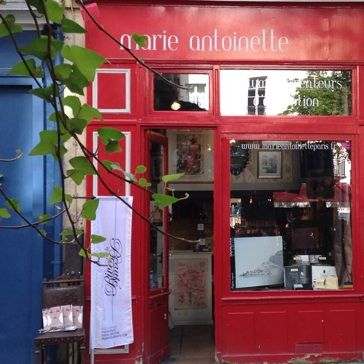 A tiny perfumery filled with fragrant stories: http://cafecosmetique.com/parfums-shoppen-in-parijs-marie-antoinette/