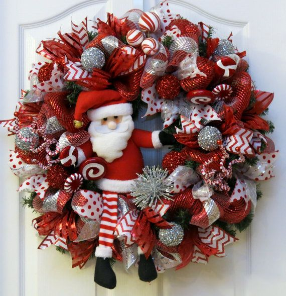 17 Best Ideas About Santa Wreath On Pinterest