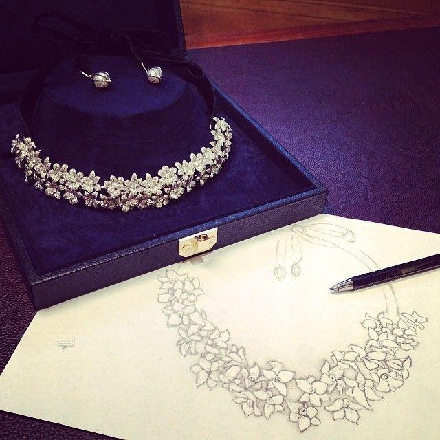"""Le collier-diadème """"Luxuriante"""" : du dessin à l'écrin. #mellerioditsmeller #diadème #collier…"""""""