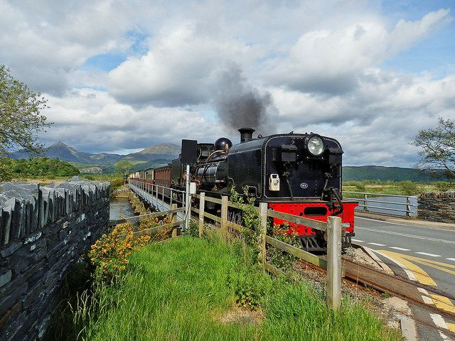 The Welsh Highland Railway runs between Porthmadog and Caernarfon. Porthmadog is just 20 minutes away from our log cabins at Trawsfynydd Holiday Village. Find out more about us at www.logcabinswales.co.uk