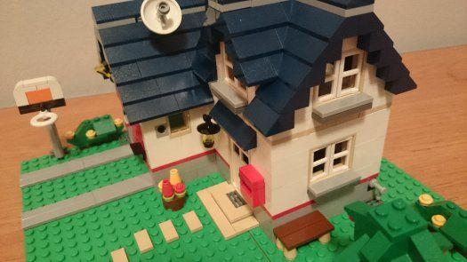 Lego 5891 - Lego Creator - Apple Tree House - 1