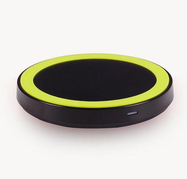 Дешевое Новые ци беспроводной зарядки зарядное мат USB для iPhone за Samsung Galaxy S5 для LG для Nexus4 / 5 для Nokia бесплатная доставка, Купить Качество Зарядные устройства и доки непосредственно из китайских фирмах-поставщиках:      Беспроводное зарядное устройство для смартфонов под ци-стандарт          Легко зарядное устройство телефона без каб