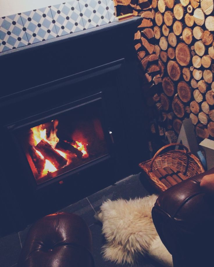 #design #romania #chimney #fireplace #sheepskin #Scandinavian #wood