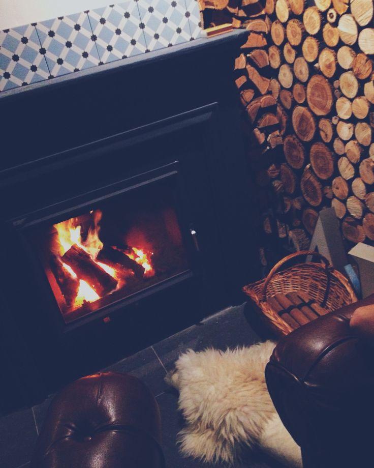 #design #romania #chimney #fireplace #sheepskin #Scandinavian #wood