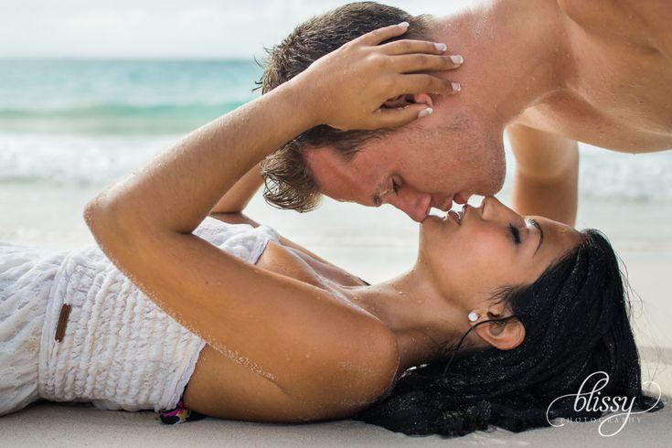 couple-portrait-beach-riviera-maya-lorena-4