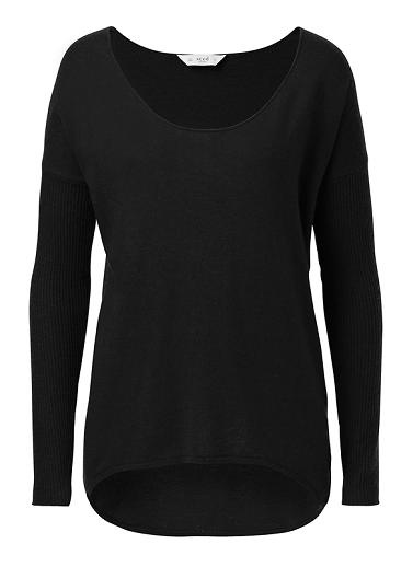 Nylon/Merino Wool/Viscose/Cashmere blended sweater. Comfortable silhouette, features scoop neckline, dropped shoulder, ribbed sleeve and dipped hem. Available in Various colours.
