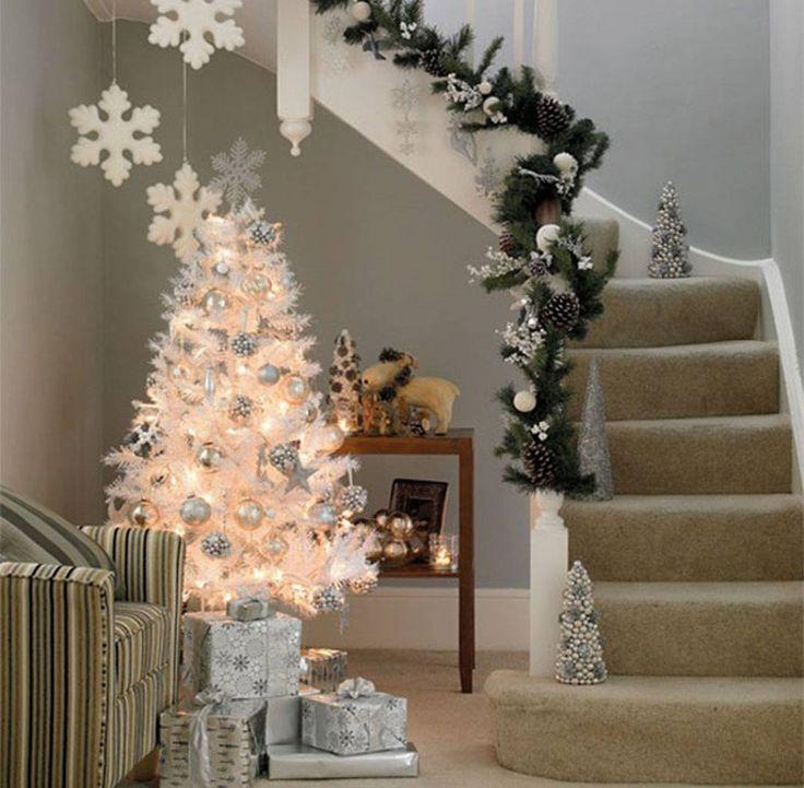 Árvores de Natal -Árvore de Natal branca com prata