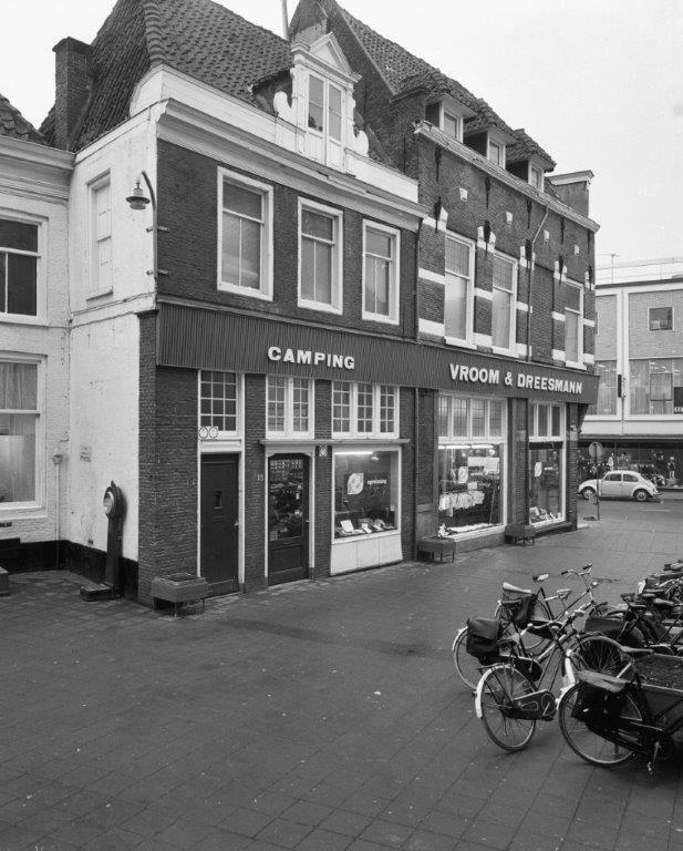 oude Vroom & Dreesmann pand Zwolle Koningsplein