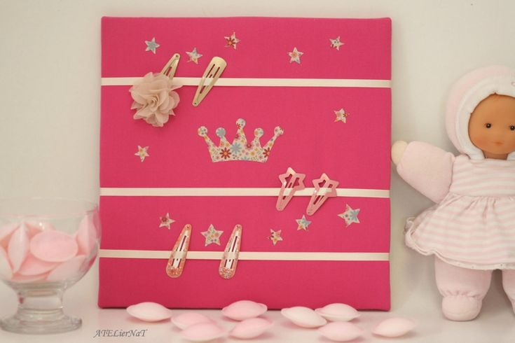 Cadres pour barrettes 'couronne de princesse' # rangement mural # déco murale # organiseur mural http://ateliernatblog.canalblog.com