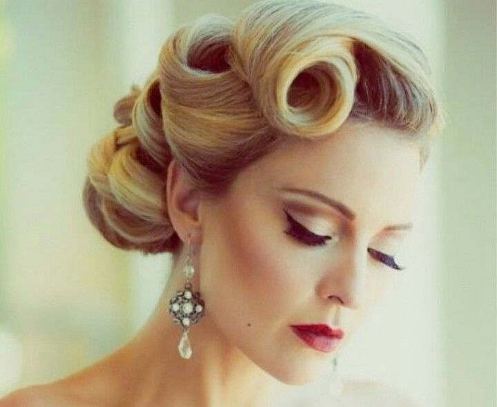 A good modern take on a fifties hair style