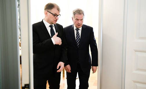 . Suomessa on syytä pohtia, onko järkevää jättäytyä TSI:n ulkopuolelle vakauspolitiikan, toisin sanoen Venäjä-erityissuhteen takia, kirjoittaa Alpo Rusi.
