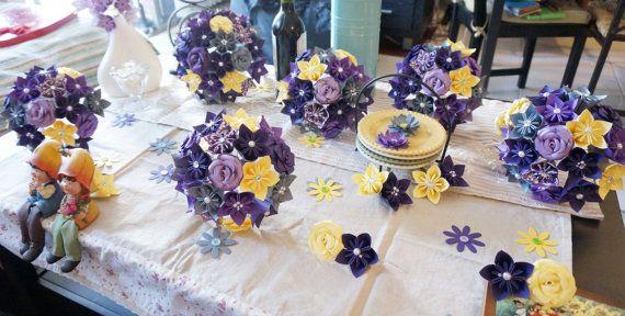 Medida Kusudama Origami papel flor paquete de bodas - Ramos de flores, ramo de Dama de honor, color púrpura oscuro, gris, amarillo
