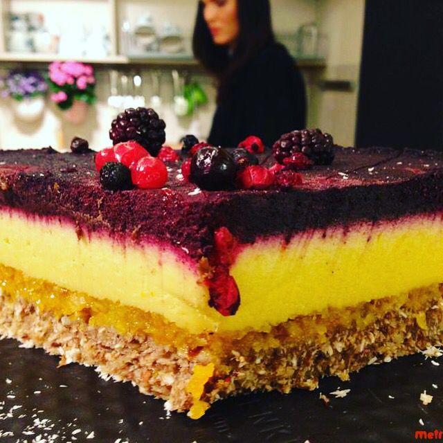 #coolstripes #cake #nosugar #glutenfree #rawvegan #rawcoco http://www.rawcoco.ro/produs/tort-raw-vegan-cool-stripes/