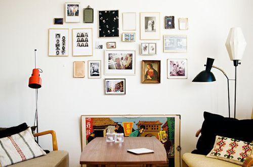 Emlékek a falon - dekoráljunk fényképekkel!,  #15 #csipesz #dekoráció #DIY #emlékek #fal #fényképek #formák #képek #keretek #kreatív #méretek #optimista #pozitív #szeretet #színes, http://www.otthon24.hu/emlekek-a-falon-dekoraljunk-fenykepekkel/