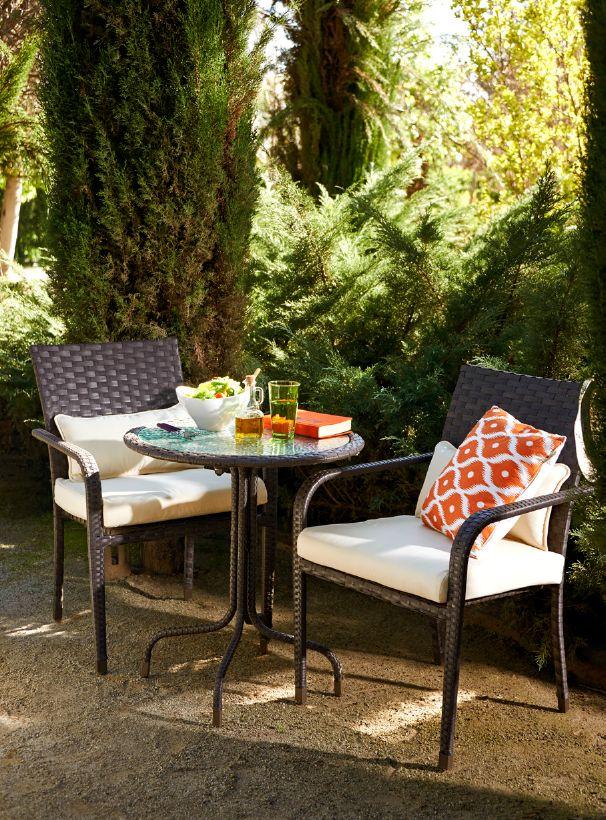 vive tu terraza en primavera elige un lugar tranquilo bajo la sombra de un