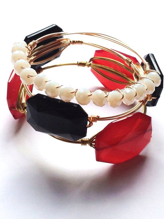 Gorgeous bracelets in your team colors! Fall is upon us & that means football is back! Support & represent your school with these fabulous collegiate gameday stacks!! http://beautymommy.com/