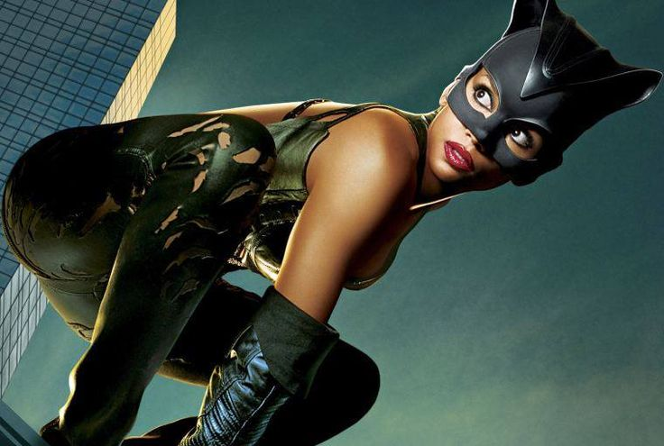 Una ragazza come me cade sempre in piedi.  Catwoman