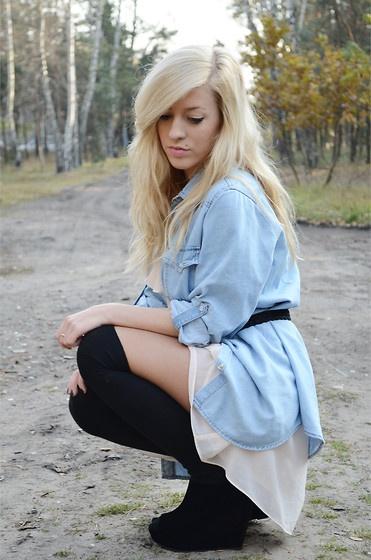 nude & jeans