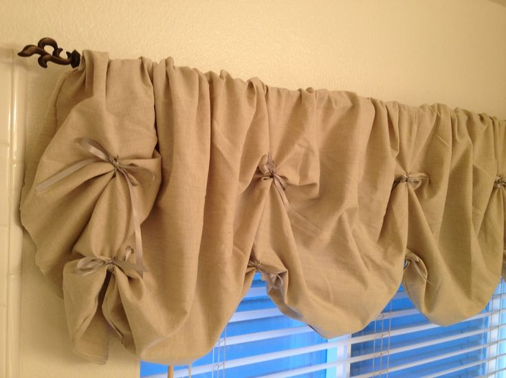 DIY Valance No Sew Tutorial. Super Easy And Fun Project Instructions For  Making Your Own Shabby Chic No Sew DIY Valance.