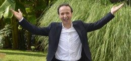 Benigni torna in tv, i dieci comandamenti di San Roberto  14-10-2014