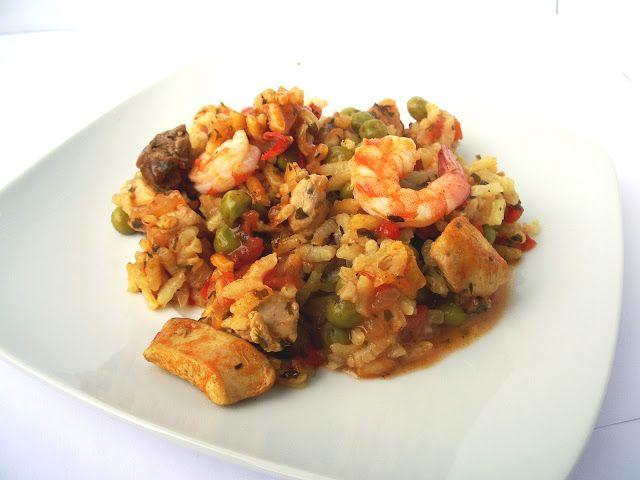 Paella de frango e camar�o - http://www.receitasparatodososgostos.net/2016/10/09/paella-de-frango-e-camarao/