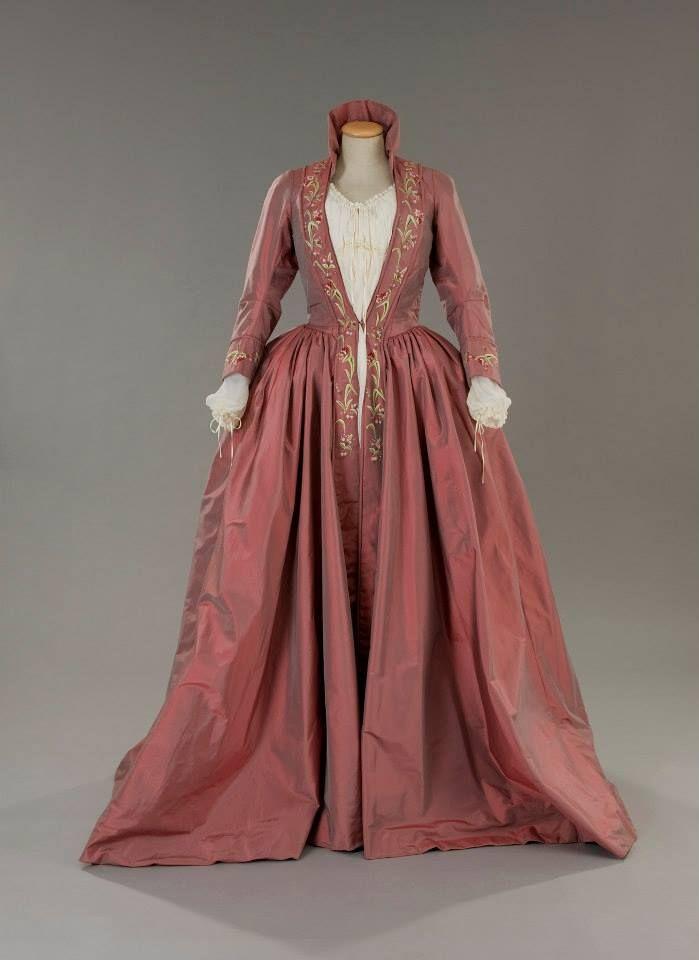 Costume designed by Nicoletta Ercole for Anna Galiena in 3 (1996)