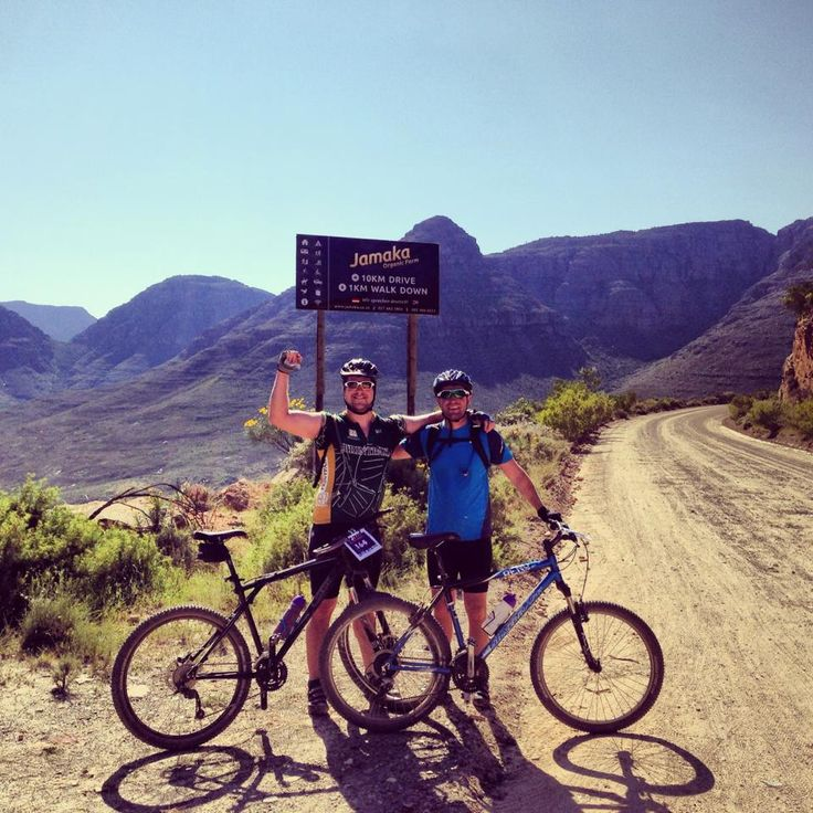 Chris and Don at the top of Nieuwoudts Pass in the Cederberg after 500m of ascent over 10km during the Makadas Adventures Transcederberg 115km race. Great training for #RTFH!