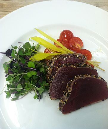 How does seared ahi tuna with a salad of mixed greens, sound? Just one of the delicious yummy meals on next week's menu!  Check out the other dishes here: http://www.fitnesskitchenla.com/menu-week-of-sept-8/ #HealthyMealDelivery #HealthyFood #HealthyFoodPorn