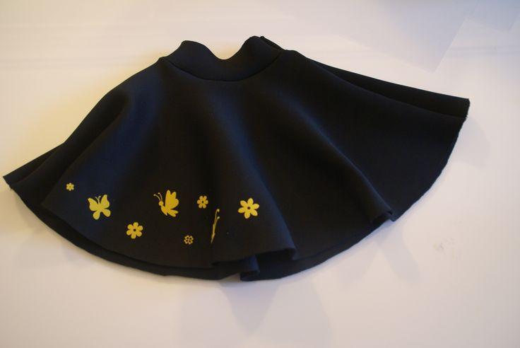 La jupe de neoprene, DIY, avec les instructions!