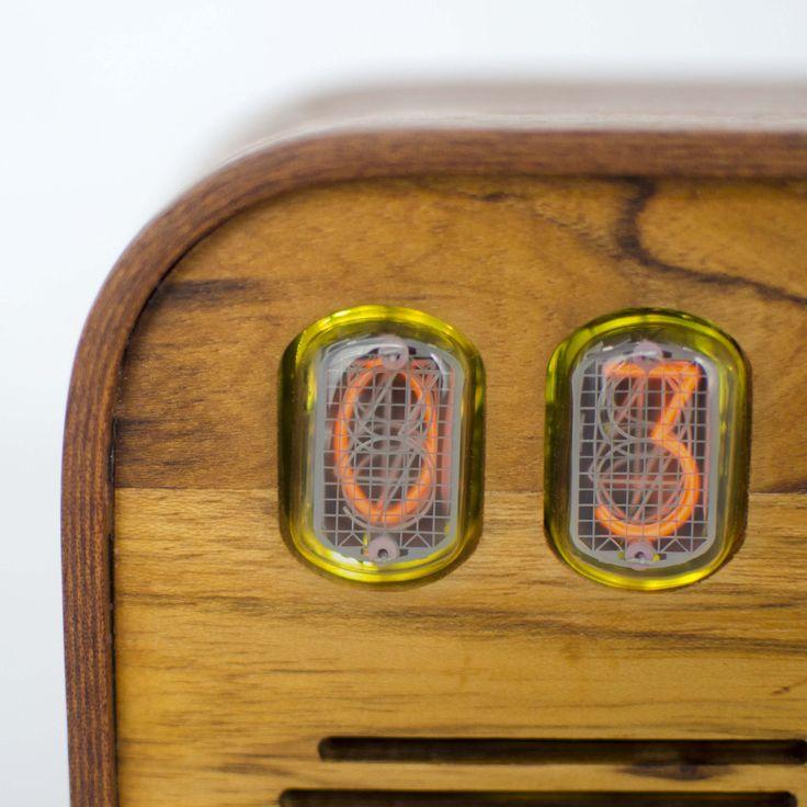 The Vintage Nixie Tube Clock - Watt #Nuvitron #gadget #nixie #wood #buildit #WoodWorkCraft #etsy #luxury #designbunker #makeithappen #vintagetimepiece #Retrotomepiece #timepiece #mantleclock #clock
