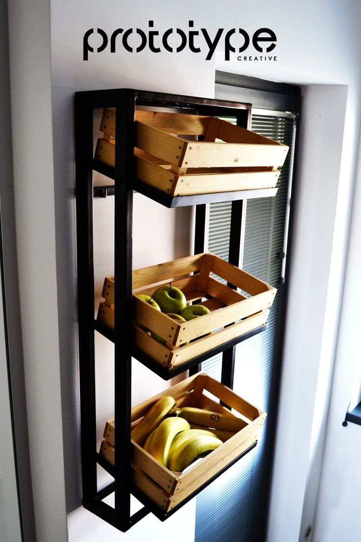 DIY - Fruits and vegetables rack. Handmade rack made of welded steel bars with wood crates. For contemporary/industrial kitchens. [Ro] Suport de perete pentru fructe si legume construit din metal si lemn.