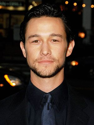 Classy, adorable, and talented. What more could you want? (Joseph Gordon-Levitt)