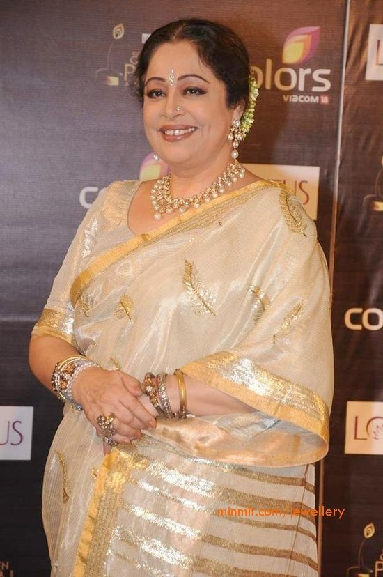 kirron-kher-kundan-pearls-necklace