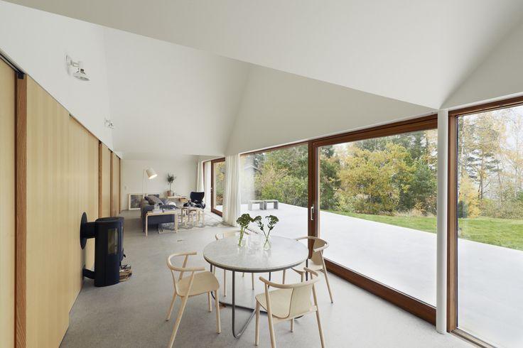 House Design Connected to Natural Landscape: Summerhouse Lagnö : Home Interior Environment Under White Scheme Also Birch Wood Sense Among Interior Design Used Minimalist Furniture Style