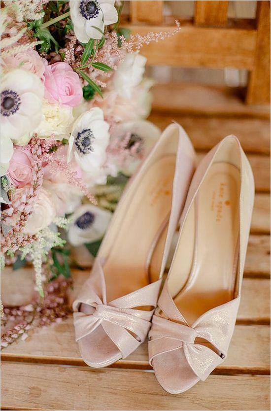 pink Kate Spade shoes #weddingheels #katespade #weddingchicks http://www.weddingchicks.com/2014/03/26/elegant-pink-and-navy-colorado-wedding/