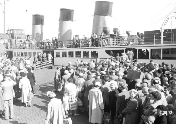 Hundreds of holiday makers prepare to board a Clyde Steamer during the Glasgow Fair. Picture: TSPL